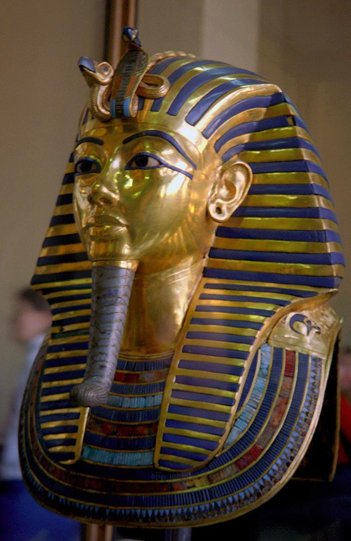 Turquoise and Lapis Lazuli featuring on Tutenkhamun's Death Mask