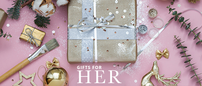 Christmas jewelry gifts for her