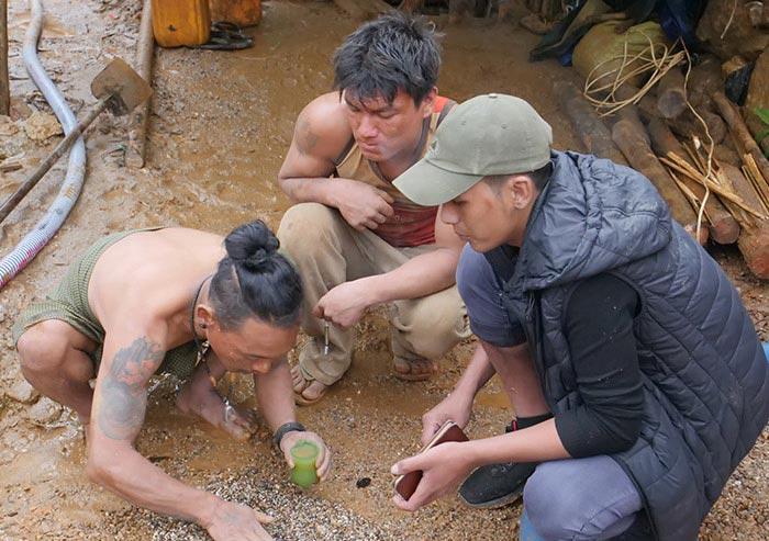 Burmese Spinel Mining