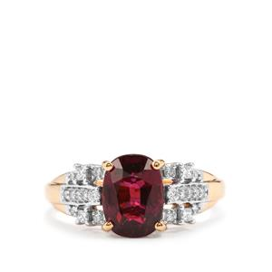 Comeria Garnet Ring with Diamond in 18K Gold 2.88cts