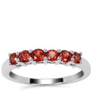 Nampula Garnet Ring in Sterling Silver 0.88ct