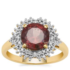 Bekily Colour Change Garnet Ring with Diamond in 18K Gold 3.25cts
