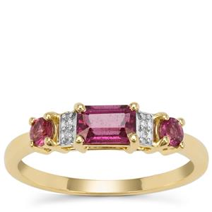 Comeria Garnet Ring with Diamond in 9k Gold 1cts