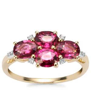Comeria Garnet Ring with Diamond in 9K Gold 2.52cts