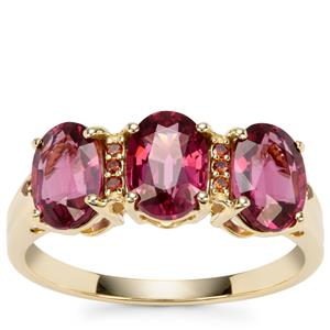 Malawi Garnet Ring with Red Diamond in 9K Gold 3.24cts
