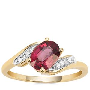 Malawi Garnet Ring with Diamond in 9K Gold 1.57cts