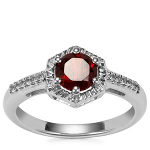 Rajasthan Garnet Ring with White Topaz in Sterling Silver 1.07cts