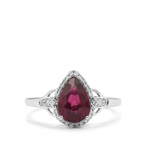 Comeria Garnet Ring with Diamond in 18K White Gold 2.22cts