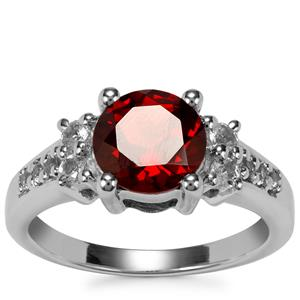 Rajasthan Garnet Ring with White Topaz in Sterling Silver 2.50cts