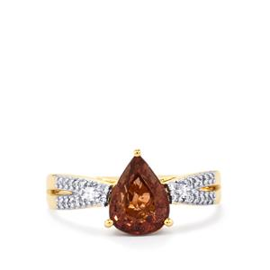 Bekily Color Change Garnet Ring with Diamond in 18k Gold 2.35cts