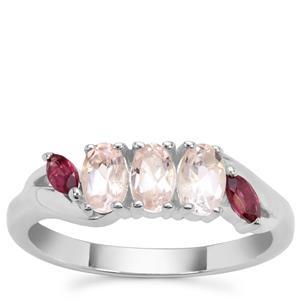 Zambezia Morganite Ring with Comeria Garnet in Sterling Silver 0.96ct