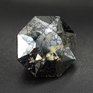 8.82cts Chromite