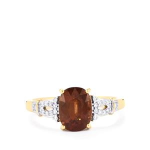 Bekily Color Change Garnet Ring with Diamond in 18k Gold 2.67cts