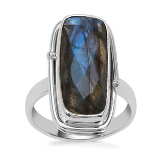 Labradorite Ring in Sterling Silver 8cts