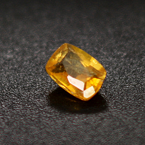 0.22cts Clinohumite