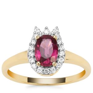 Comeria Garnet Ring with White Zircon in 9K Gold 1.29cts