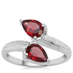 Rajasthan Garnet Ring with White Zircon in Sterling Silver 1.69cts