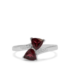 Tocantin Garnet Ring with White Zircon in Sterling Silver 1.48cts