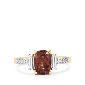 Bekily Color Change Garnet Ring with Diamond in 18k Gold 2.21cts