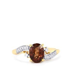 Bekily Color Change Garnet Ring with Diamond in 18k Gold 2cts