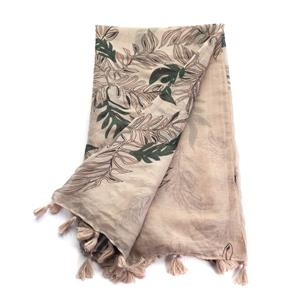 The Feather Frond Scarf by Destello
