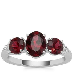 Tocantin Garnet Ring with White Zircon in Sterling Silver 2.91cts
