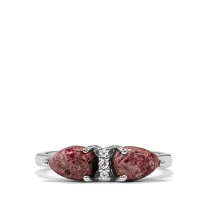 Bixbite Ring with White Topaz in Sterling Silver 1.54cts