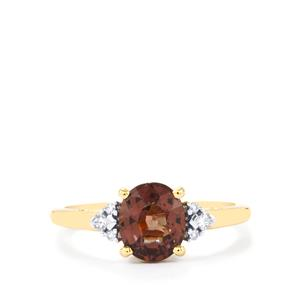 Bekily Colour Change Garnet Ring with Diamond in 18K Gold 1.97cts