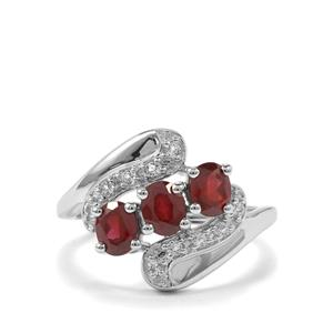 Tocantin Garnet Ring With White Topaz in Sterling Silver 1.59cts