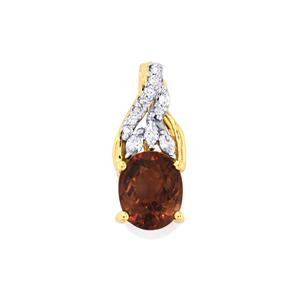 Bekily Colour Change Garnet Pendant with Diamond in 18K Gold 2.16cts