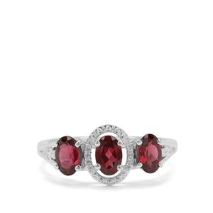 Tocantin Garnet Ring with White Zircon in Sterling Silver 2.09cts