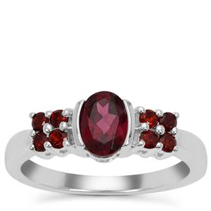 Tocantin Garnet Ring with Rajasthan Garnet in Sterling Silver 1.32cts