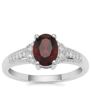 Rajasthan Garnet Ring with White Zircon in Sterling Silver 1.70cts