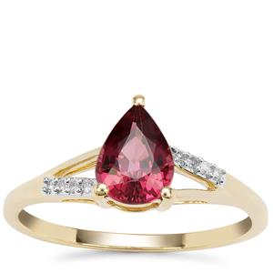 Malawi Garnet Ring with Diamond in 9K Gold 1.42cts