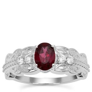 Tocantin Garnet Ring with White Zircon in Sterling Silver 1.21cts