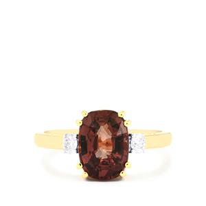 Bekily Color Change Garnet Ring with Diamond in 18k Gold 3.70cts