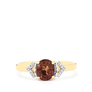 Bekily Color Change Garnet Ring with Diamond in 18k Gold 1.56cts
