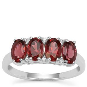 Rajasthan Garnet Ring with White Zircon in Sterling Silver 2.30cts
