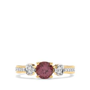 Mahenge Pink Spinel Ring with Diamond in 18K Gold 0.91ct