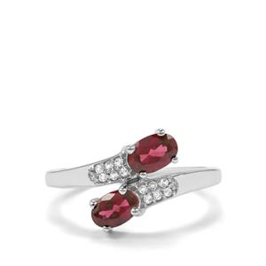 Tocantin Garnet Ring with White Topaz in Sterling Silver 1.25cts