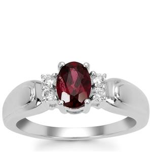 Tocantin Garnet Ring with White Zircon in Sterling Silver 1cts