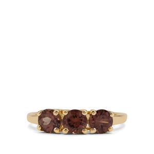 Bekily Colour Change Garnet Ring in 9K Gold 1.75cts