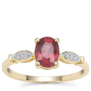 Malawi Garnet Ring with Diamond in 9K Gold 1.53cts