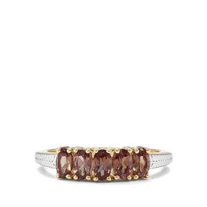 1.33ct Tsivory Colour Change Garnet 9K Gold Ring