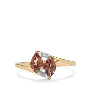 Bekily Colour Change Garnet Ring with Diamond in 10K Gold 0.92ct