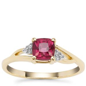 Malawi Garnet Ring with Diamond in 9K Gold 1.09cts