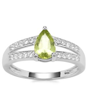 Changbai Peridot Ring with White Topaz in Sterling Silver 1.09cts