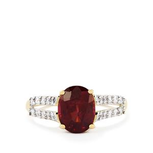 Niassa Garnet Ring with White Zircon in 9K Gold 2.82cts