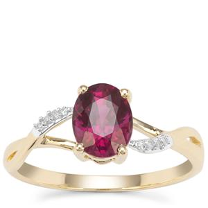 Comeria Garnet Ring with Diamond in 9K Gold 1.64cts