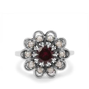 Tocantin Garnet Ring with Akoya Cultured Pearl in Sterling Silver (2mm)